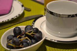 Raisins, café, ju orange pressé, thé du Pavillon de Beaumont